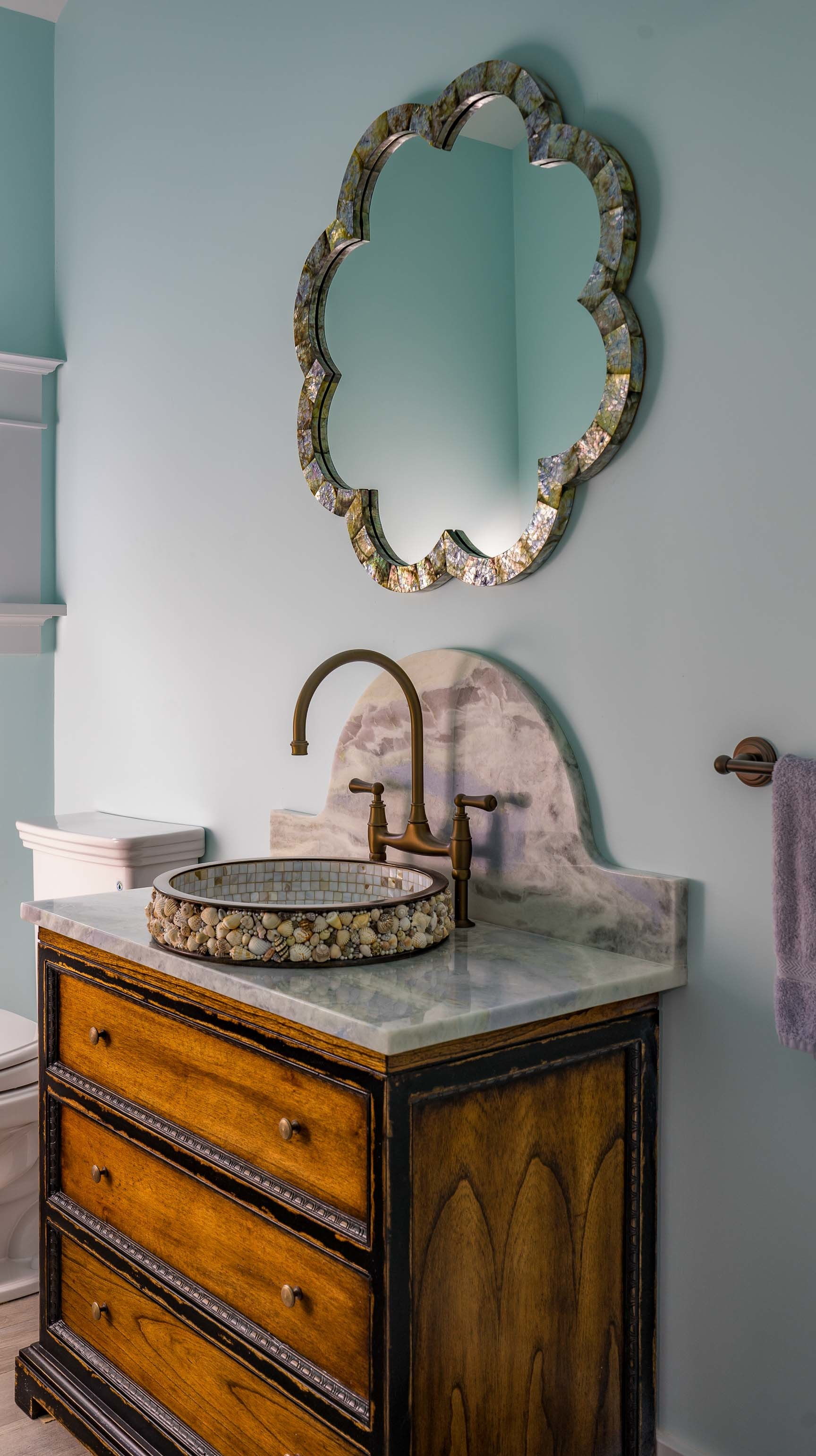 Kistler & Knapp Custom Home Ryecroft Powder Room