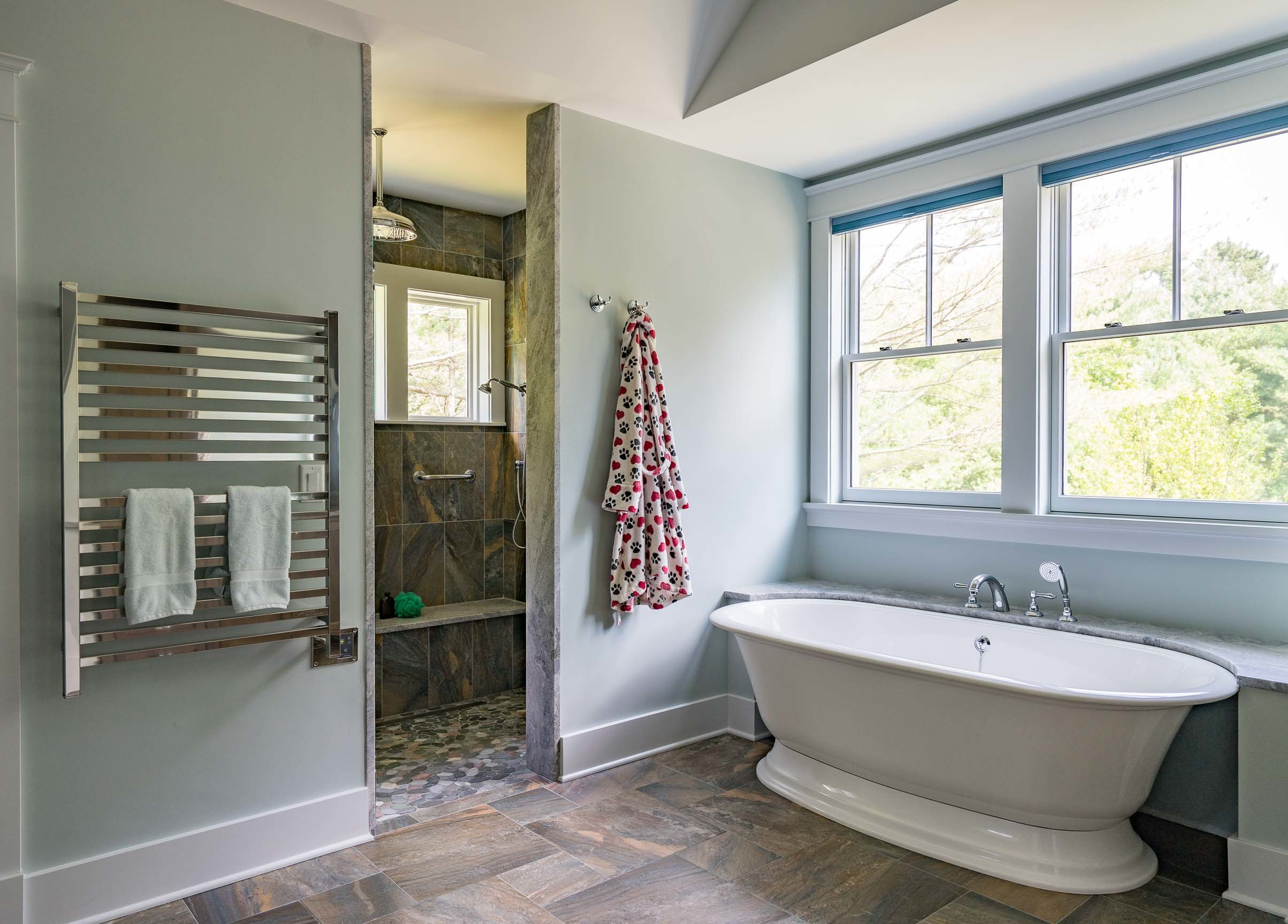 Kistler & Knapp Custom Home Ryecroft Master Bath