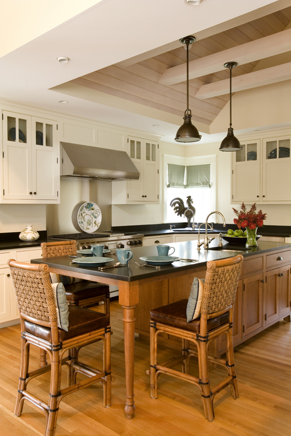 Kistler Knapp Custom Home Kitchen