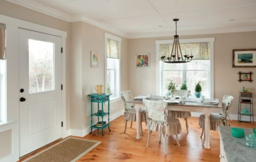 Barefoot Cottage Cobblestone Dining