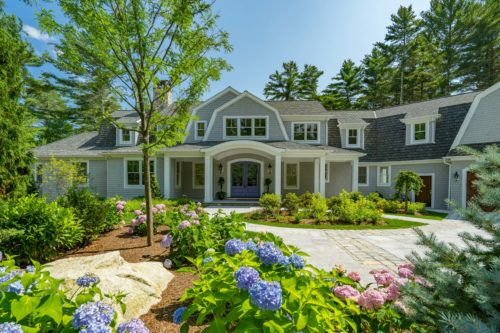 MacKenzie Brothers Ryecroft Custom Home & Hydrangeas